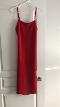 Women's red sleeveless dress from pretty little thing  Laval, H7W 0G1