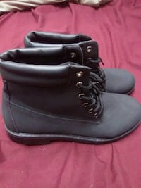 Black Ardene boots size 9 brand new never worn