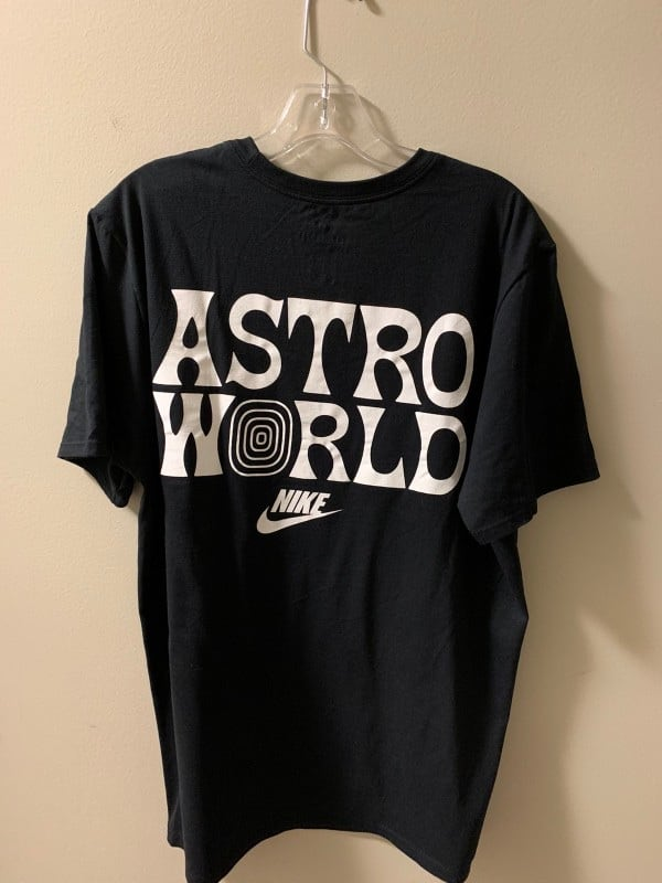 Nike Astro world Look mom I can fly shirt deb645d1-a6a9-4522-8543-492c2382c41d