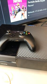 Xbox One Game Console and controller (all cables included) Bethesda, 20817