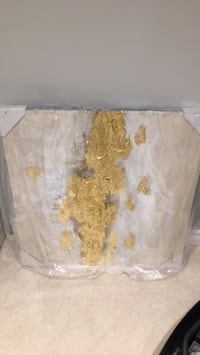 Gold abstract artwork...never used still in original packaging  Aurora, L4G 1H5