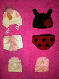 Baby girl photo outfits + 2 hats ($10 for all!) Houston, 77003