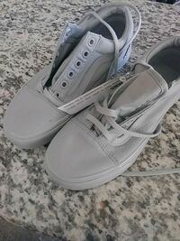 pair of white low-top sneakers Lancaster, 93535