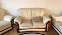 white leather 2-seat sofa Tukwila, 98188