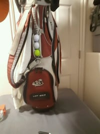 Ogio golf bag with complete set of clubs Marriott-Slaterville, 84404