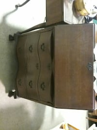 brown wooden 3 tier drawer Allegany, 14706