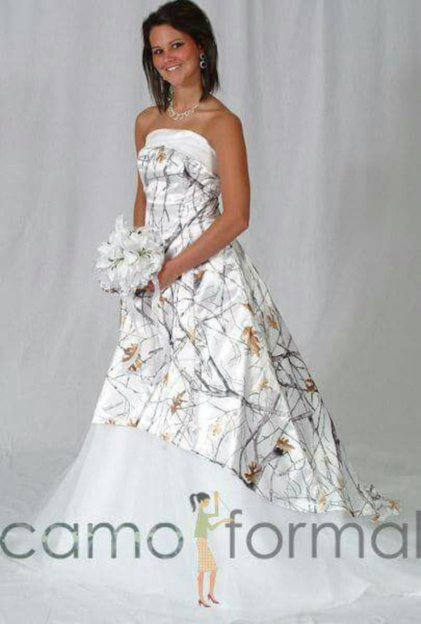 Used Snow Camo Wedding Dress For Sale In Seneca Letgo