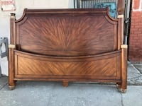 King size bed solid wood  New York, 11428