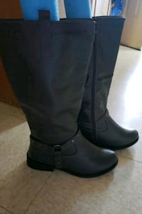 Casual  boot size 10 never worn New Brighton, 15066