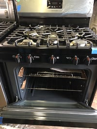 Gas stove stainless steel new Frigidaire/6 months warranty  Baltimore