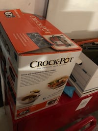 Brand new Crock-pot  Caledon, L7E 2X8