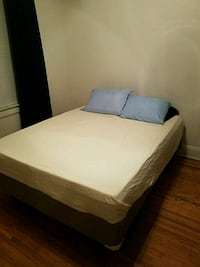 Queen size bed Louisville, 40205