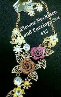 Flower Jewelry Set $15