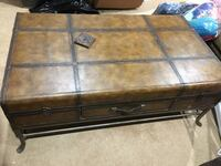 Huge Chest Shape Coffee Table - MUST GO THIS WEEKEND! Fairfax, 22033