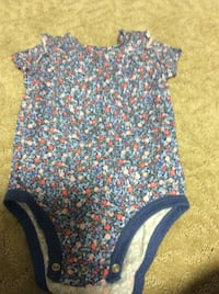JUST REDUCED  MORE   body suit with flowers 12-18 m  Rockville