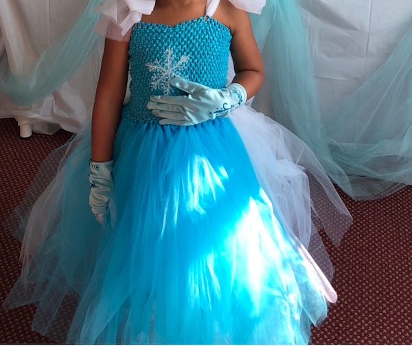 0618a9a43f8 Brukt Frozen Elsa dress til salgs i Johns Creek - letgo