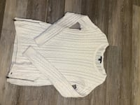 white scoop neck long sleeve shirt Sudbury, P3E 4S9
