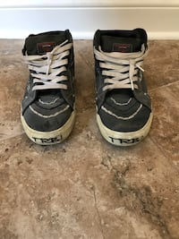 True religion high tops size 11 men for 30$ Montreal
