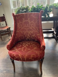 Red and gold slipper chair w/ beautifully detailed legs. Centreville, 20120