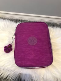 Kipling pencil case Surrey, V4N 1N5
