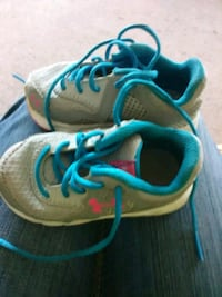 pair of gray-and-blue Nike running shoes Guntersville, 35976