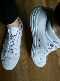Converses All Star blanche/mauve neuves taille 40