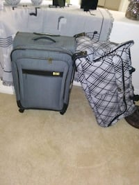 Suitcase (Dockers) and Wardrobe suitcase with whee Las Vegas, 89135