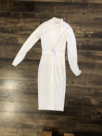 Pradegal White Midi Dress size Small Toronto, M9C 4W7