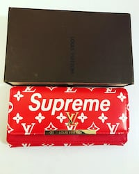 Women's supreme LV wallet  Ottawa