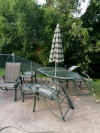 Patio set, with 5 chairs and 2 stools Clarksville, 37042