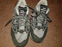 gray-and-black New Balance shoes