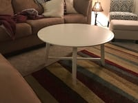 round white wooden coffee table Fairfax, 22033