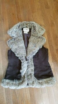 Suede and Fur Womens Small Petite Vest.  Knoxville, 37922