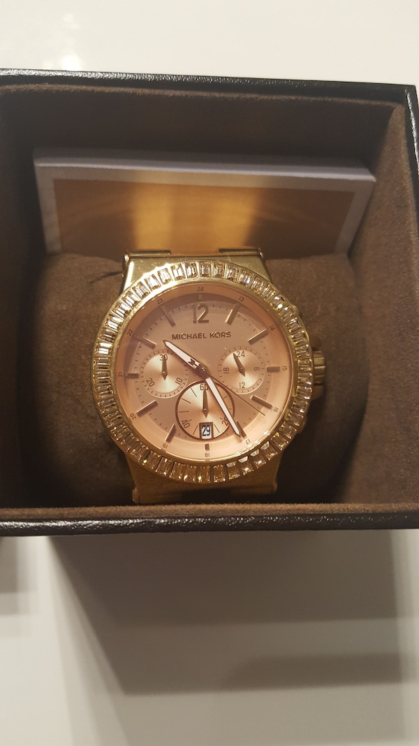 Reduced to sell!  Michael kors watch