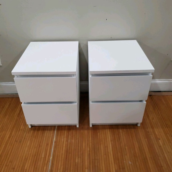 (2) white 2 dr nightstand side table end table