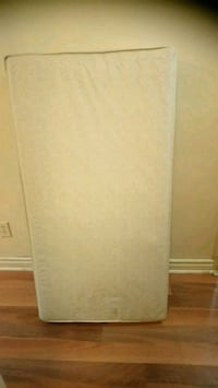 Toddler mattress. Excellent condition Mississauga, L5N