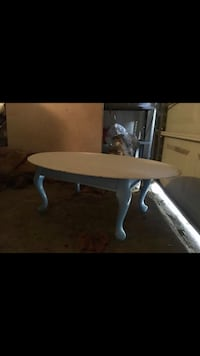 White wooden coffee table  Virginia Beach, 23464