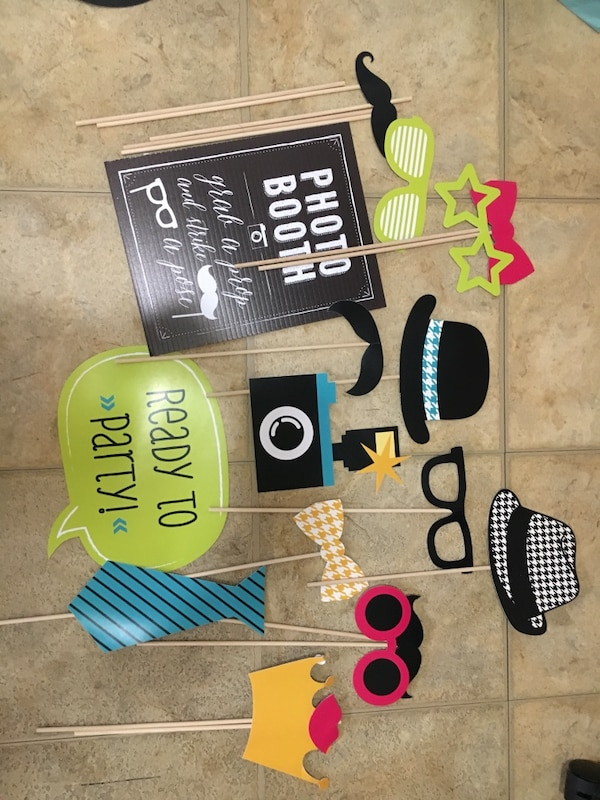 Used Party Photo Booth Props For Sale In New York Letgo