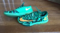 Kevin Durant 6 with Easter colorway size 9.5 Stephens City, 22655