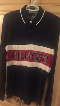 Tommy Hilfiger long sleeve men's size small Laval, H7X 2Y9