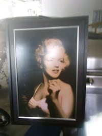 Marilyn Monroe photo with black wooden frame Louisville, 40216