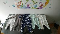 New born Baby clothes and a bundle of diapers (44) Montreal, H4R 2M9