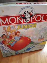 Monopoly Junior box