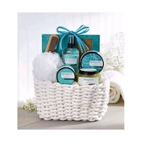 Beautiful gift baskets for all occasions Montreal
