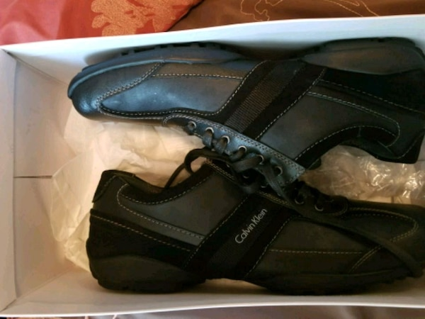 New Calvin Klein mens shoes 10.5