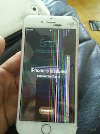 iPhone S damaged for parts Toronto, M2J 1A9