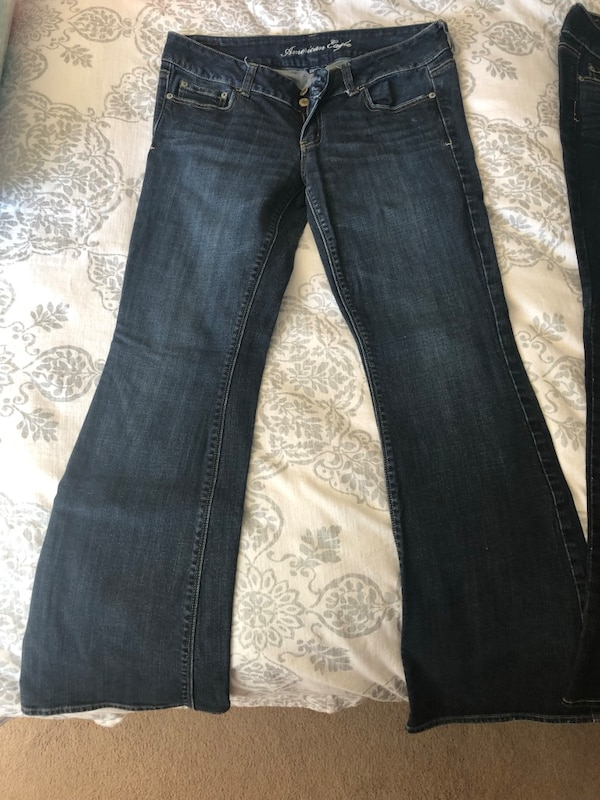 2 pair of American Eagle Jeans- Size 10