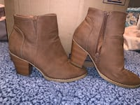 Charlotte Russe booties size 7 1/2 Flowood, 39232