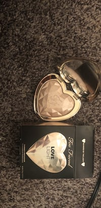 heart-shaped stainless steel make-up palette Las Vegas, 89123
