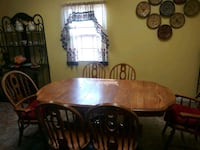 7 piece dinette set $450 bakers rack $125. dinette